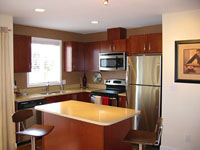 Zulo condo kitchen