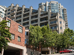 Listing: Market Place North A-2 – 2021 1st Ave, Seattle