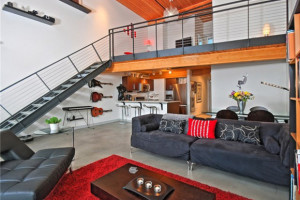 Veer Lofts – top floor resale