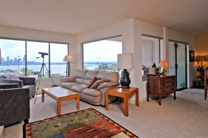 Spotlight: Alki View Condo | Open House