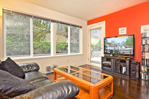 Spotlight:  1-Bedroom Capitol Hill condo at Plaza Del Sol