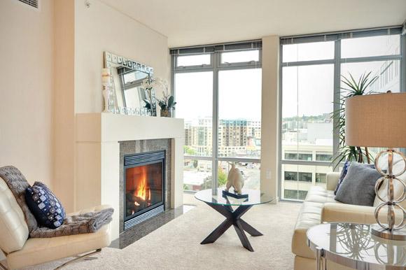 Cosmopolitan Living Room