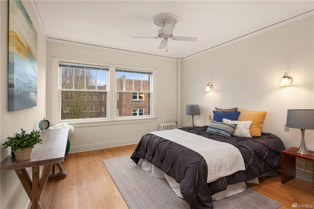 1605EOlive-bedroom