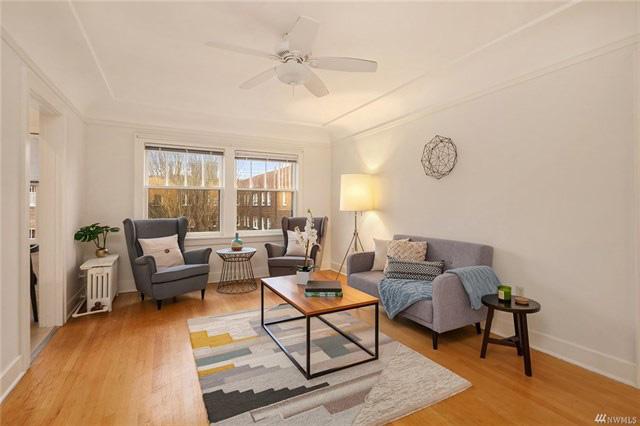 1605EOlive-living-room