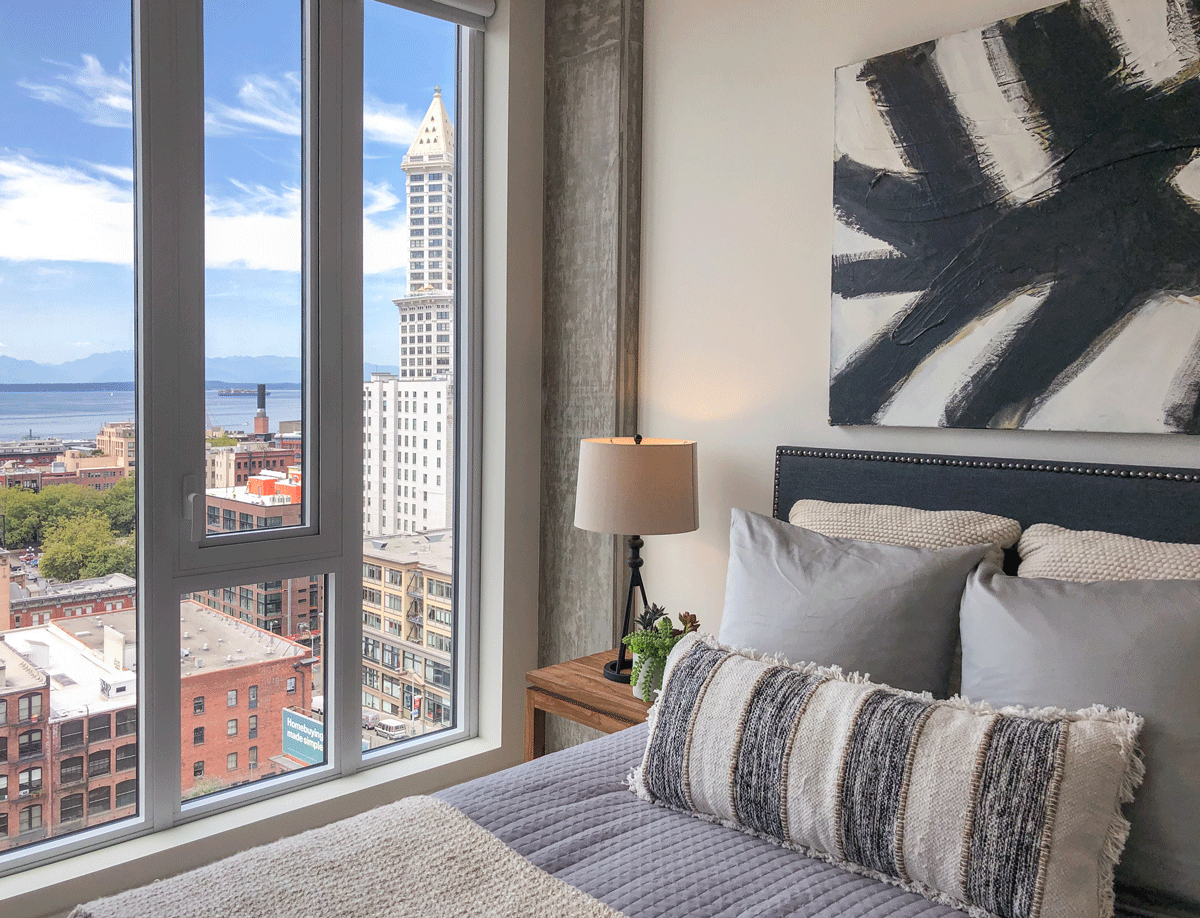 Koda Condo Seattle bedroom view