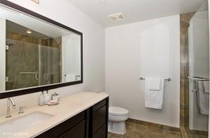 18_20332ndAvenue_807_8_Bathroom_LowRes