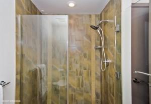 19_20332ndAvenue_807_8001_Bathroom_LowRes